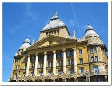 city_hall_budapest