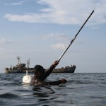 Marinos filipinos usan buque de la Segunda Guerra Mundial hundido para vigilar a los chinos