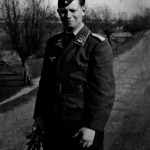 Controversiales antecedentes de Helmuth Schmidt en archivo de la Wehrmacht