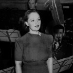 Conozca a la estrella Helen Clare que cantó durante la guerra y hoy tiene 98 años