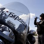 'Los Lobos de la Noche' rumbo a Berlín otra vez en el rally de motos de la Segunda Guerra Mundial