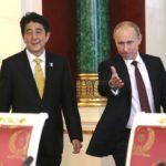 PM Shinzo Abe contesta a detractores de sus conversaciones con Vladimir Putin