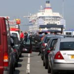 Caos en puerto de Francia cuando turista intenta llevarse proyectiles en su equipaje
