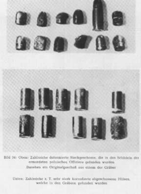 Municiones alemanas encontradas en las fosas.