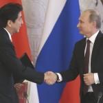 Rusia y Japón acordaron intentar resolver disputa sobre islas Kuriles, para poner fin a la 2GM
