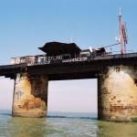 Plataforma de defensa naval abandonada en el mar de Inglaterra atrae interés Árabe
