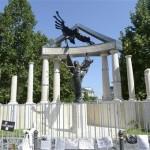 En Budapest erigen controversial monumento de 1944