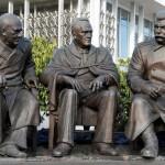 Monumento a los tres grandes inaugurado en Crimea