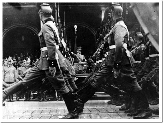 nazi-march