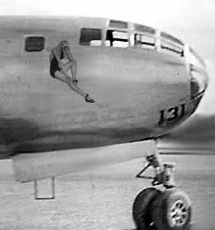 B-29 con Chica Vargas